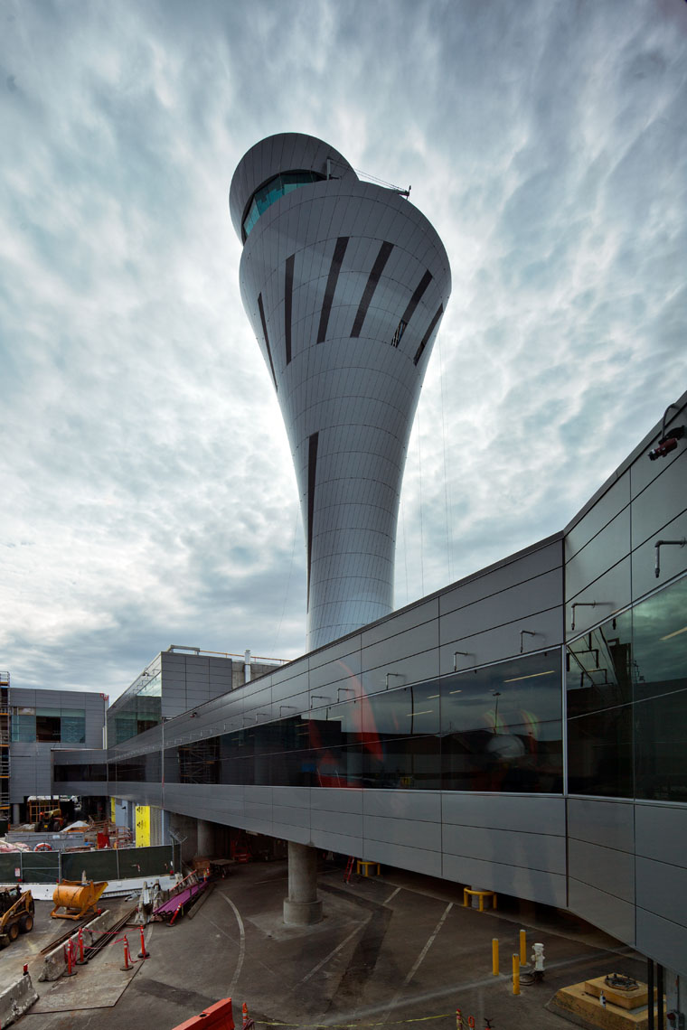 sfo_tower